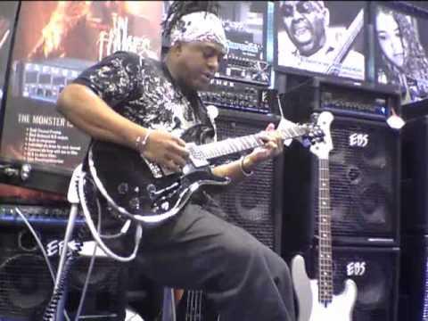 EBS Pedal Artist, guitarist Mike Scott at EBS booth, NAMM 2011, prt 2