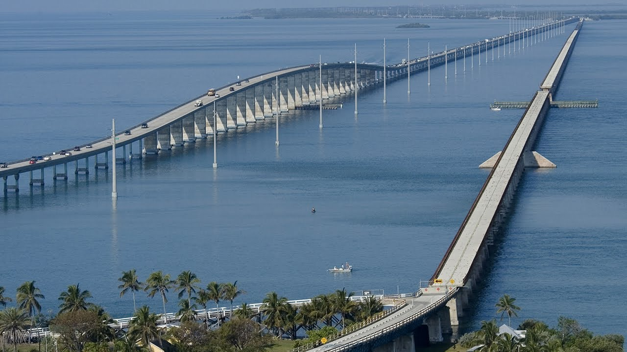how to register for 7 mile bridge run
