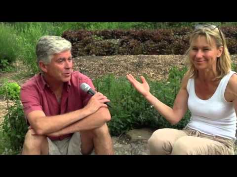 La Permaculture - Ré-cultivons des réponses simples! Interview avec Charles Hervé-Gruyer