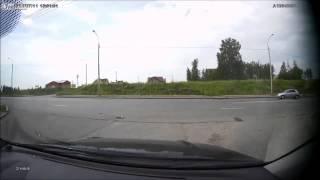 LiveLeak.com - Honda CBR 900 motorcycle crashed into Lada Largus(, 2014-07-23T03:52:43.000Z)
