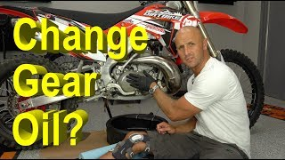 How To Change Gear Oil on a 2 Stroke | Honda CR250R