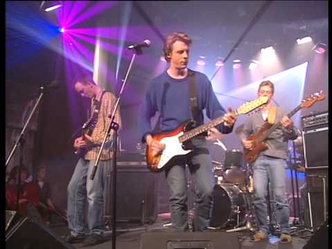 The Serenes - The World's A Woman's Breast (Live in Geen C Te Hoog)