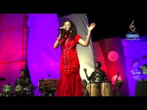 Palak muchhal Live performance at Mangalayatan  University