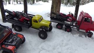 Long track rc snowmobile polaris rush(RMK)&yamaha sr viper,6x6 truck adventure on snow.