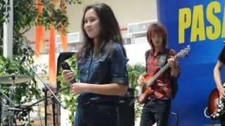 Download lagu Rachel feat Yusuf Band - Cintaku Bertepuk Sebelah Tangan