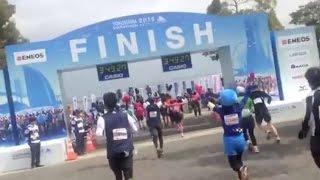横浜マラソン2015 フィニッシュとその後 Yokohama Marathon マラソンタオル 検索動画 11