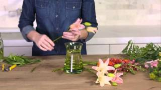 Flower Arranging - How to Make a Bouquet