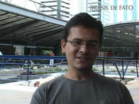Estagiários demitidos após protestarem contra o governador Alckmin
