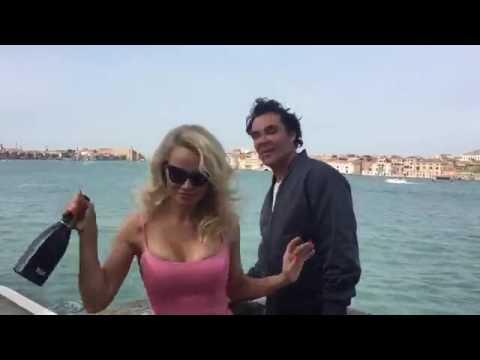 Pamela Anderson in Venice, Italy smmer 2017 thumbnail