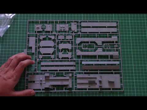 Modelcollect 1/72 9K728 Iskander-K...