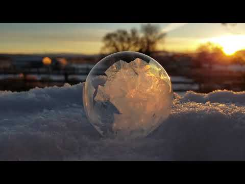Eric Hunter - What A Soap Bubble Looks Like When It Freezes