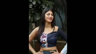 Shruti Hassan Unseened Expressions in latest Photo shoto