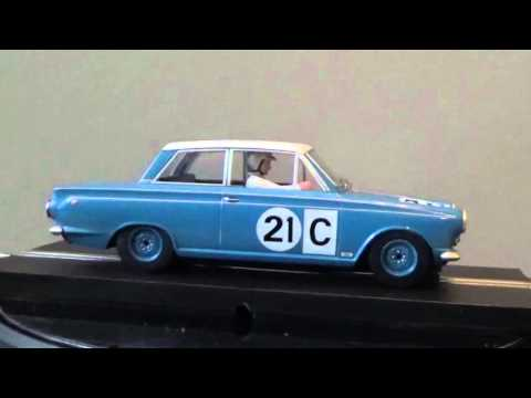 Scalextric Review: Ford Cortina Bathurst 500