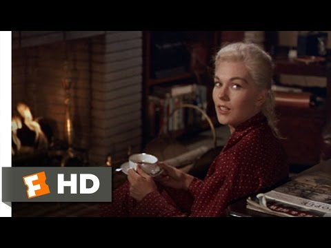 Vertigo (4/11) Movie CLIP - What Happened? (1958) HD