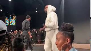 """Kanye West's Sunday Service Experience At Fellowship Chicago """"Soul's Anchored"""""""