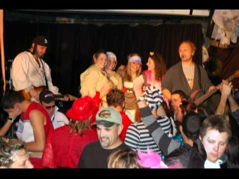Halloween Ambush Lucky 7 Sportsbar Embrun  ©2010Janni Productions
