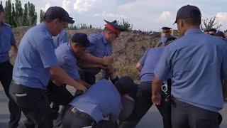 Как милиция задерживала жителей Орока