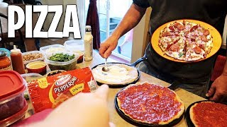 HOMEMADE PIZZA NIGHT! &quotPan Pizza&quot