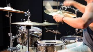Polyrhythmic Movements Over a Groove played over Physical Education by Animals as Leaders
