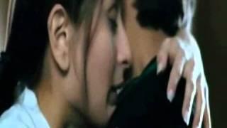 Repeat youtube video All Shahid Kapoor kisses