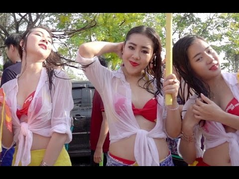 Songkran Festival in Chiang Mai with VietJet Air Sexy Crew