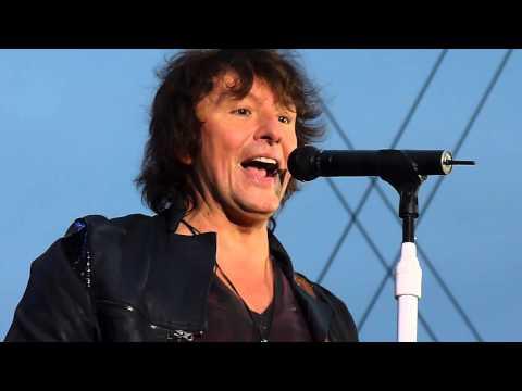 Bon Jovi - Lay Your Hands On Me - Horsens 19.06.2011 Richie on voc.