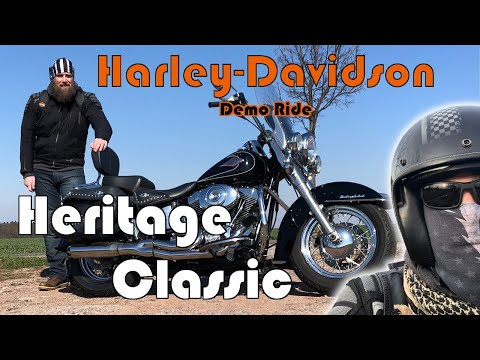 Harley-Davidson Heritage Classic (FLSTC) [K&N Aircleaner, Bassani ? Exhaust, Vance & Hines Fuel Pak]