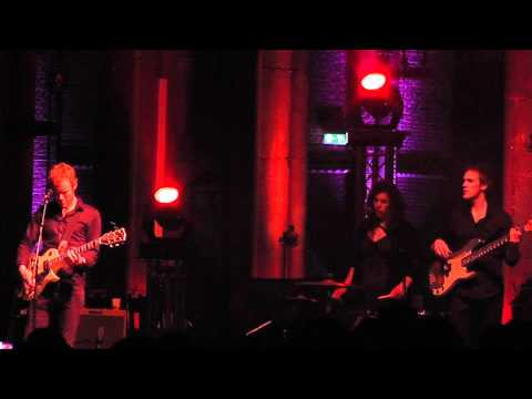 Low - Canada/Two step || live @ Catharinakerk Eind...