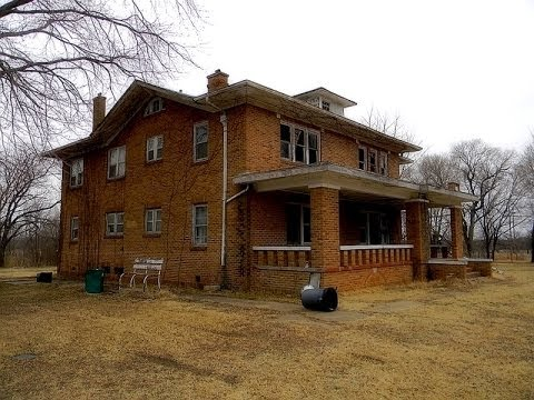 The abandoned mansion, Fairfax Oklahoma