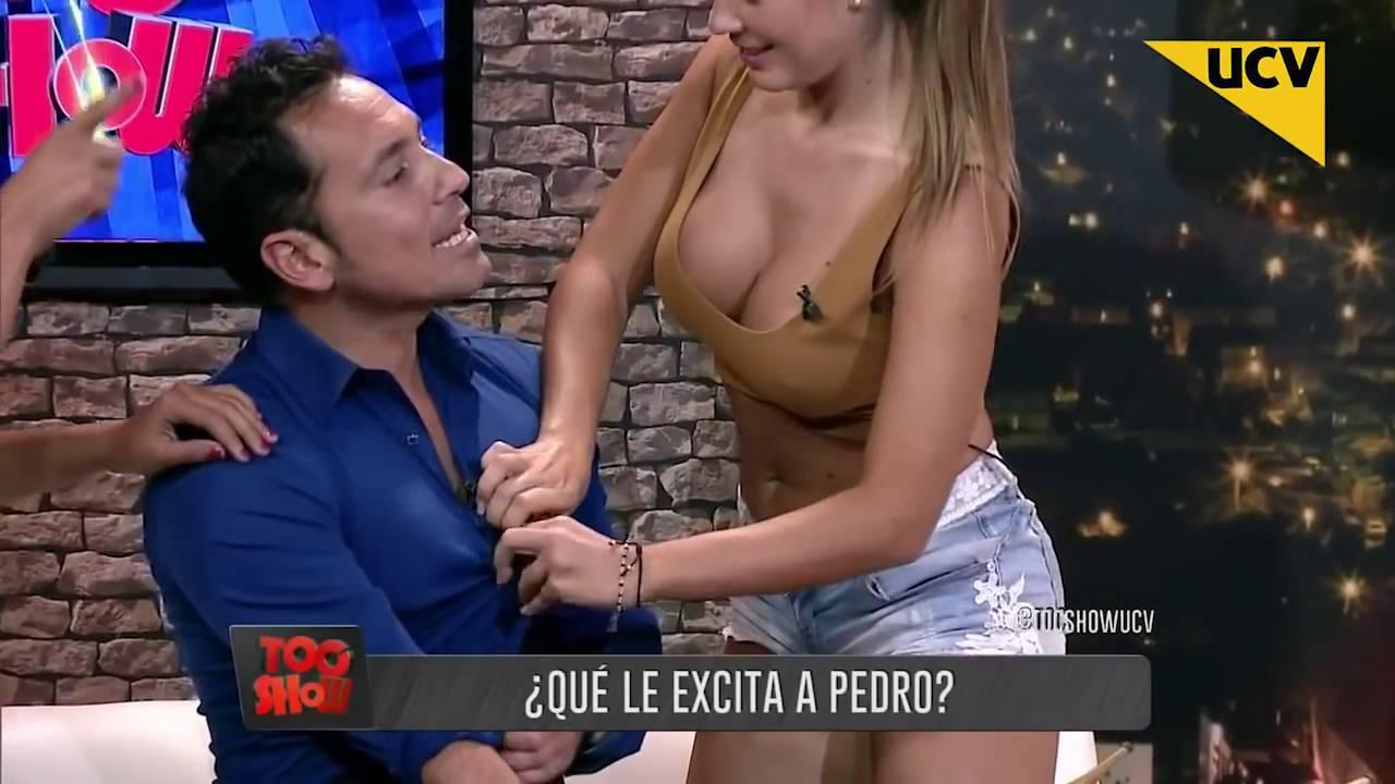 Toc Show 2016 Hot Fran Undurraga Y Pauli Bolatti Buscan Las Zonas Erogenas De Pedro