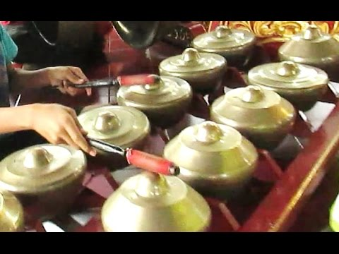 PRAHU LAYAR - Javanese Gamelan Music - Gamelan Jawa Wayang Kulit Purwa [HD]