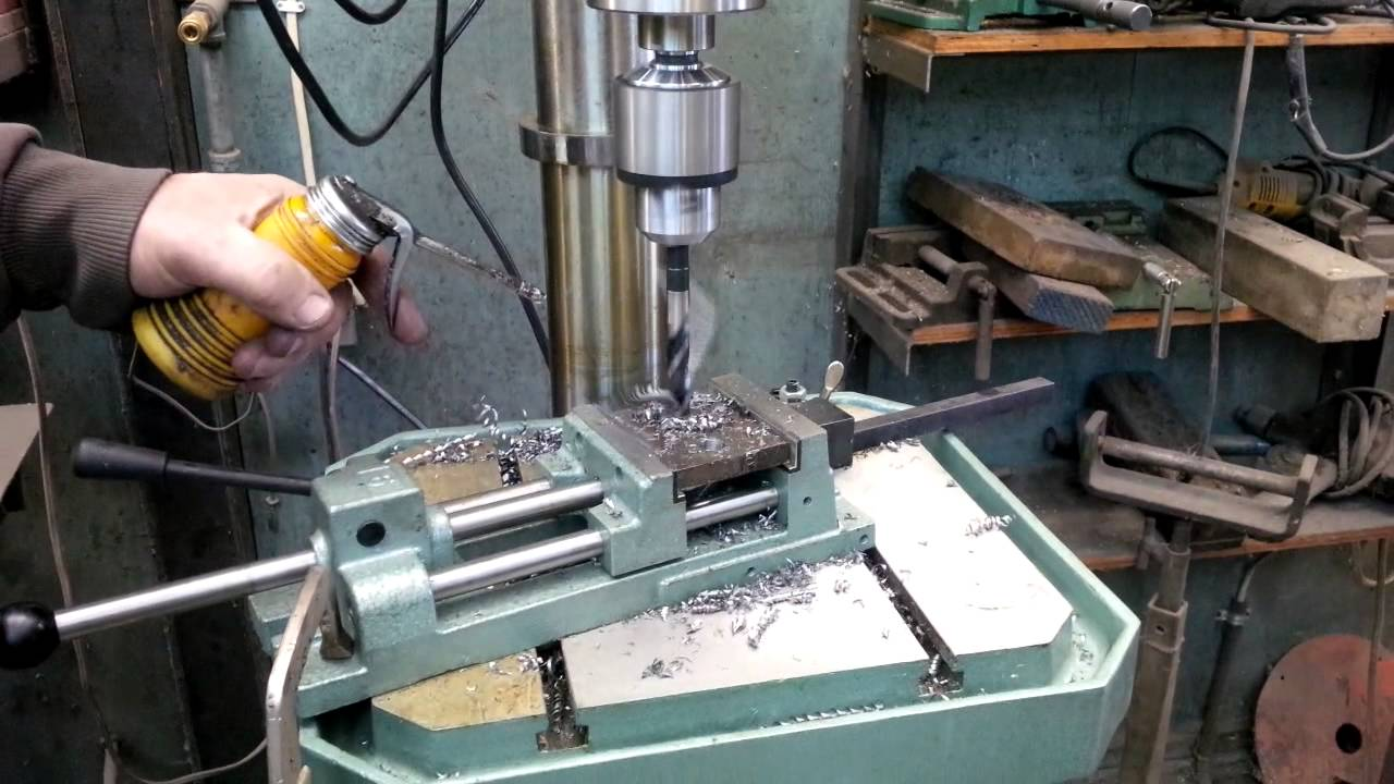 Ellis Digital Drill Press Drilling A 5 8 In Hole In