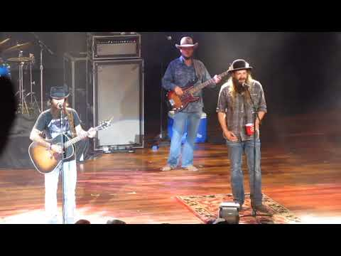 "Cody Jinks & Ward Davis at Ryman - ""I'm Not The Devil"""
