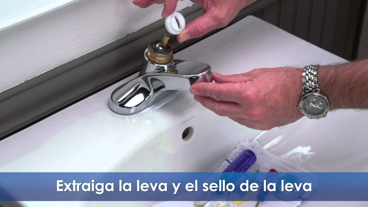 C mo reparar un grifo de lavabo que gotea youtube for Como cambiar un empaque de llave de regadera