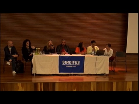 Os Desafios para a Educação Pública Brasileira num Contexto de Crise Política e Econômica