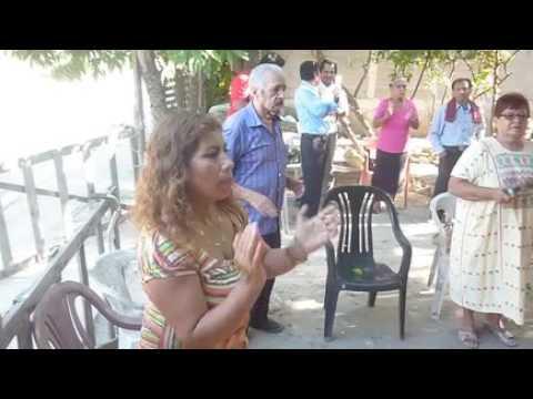 COMO CORREN RIOS ELSA PALOMARES