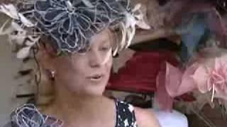 видео Как носить головной убор с вуалью?