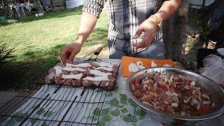 Сочный шашлык из говядины с курдючным жиром ♨(Обычно шашлык из говядины не пользуется успехом, потому что получается слишком сухим и жестким. Курдючный..., 2015-08-28T15:50:02.000Z)