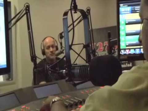 entrevista Oscar Pajares Univision radio (Dallas Tx)