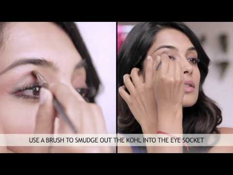 Tutorial: How to Do Smokey Eyes Makeup