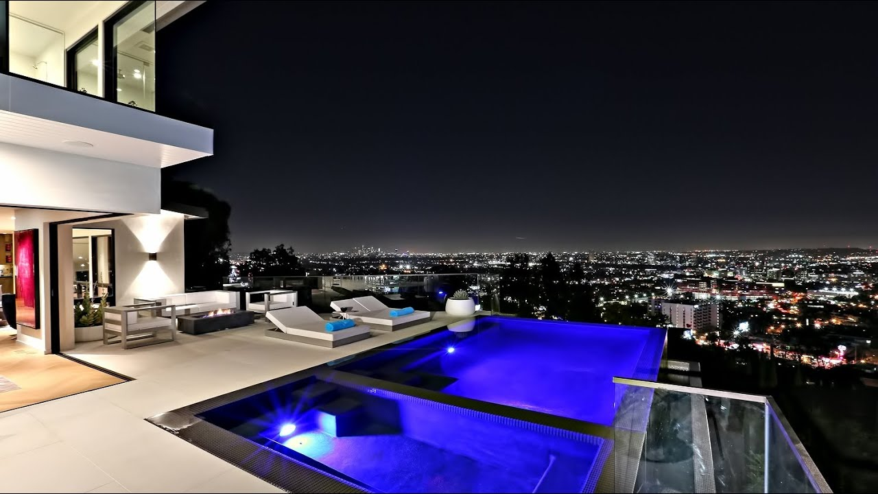Stunning luxury residence on hollywood hills los angeles for Luxury homes in hollywood hills