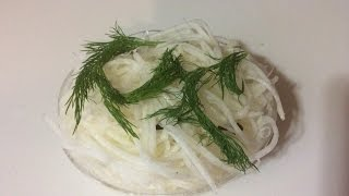 Острый салат из редиса Дайкон