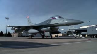 Aviators Bits: The (gravity defying???) F-22 Raptor
