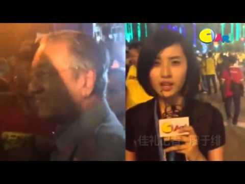 光华日报 Kwong Wah Yit Poh 【BERSIH 4 0 现场直击】7 30PM:马哈迪来了!