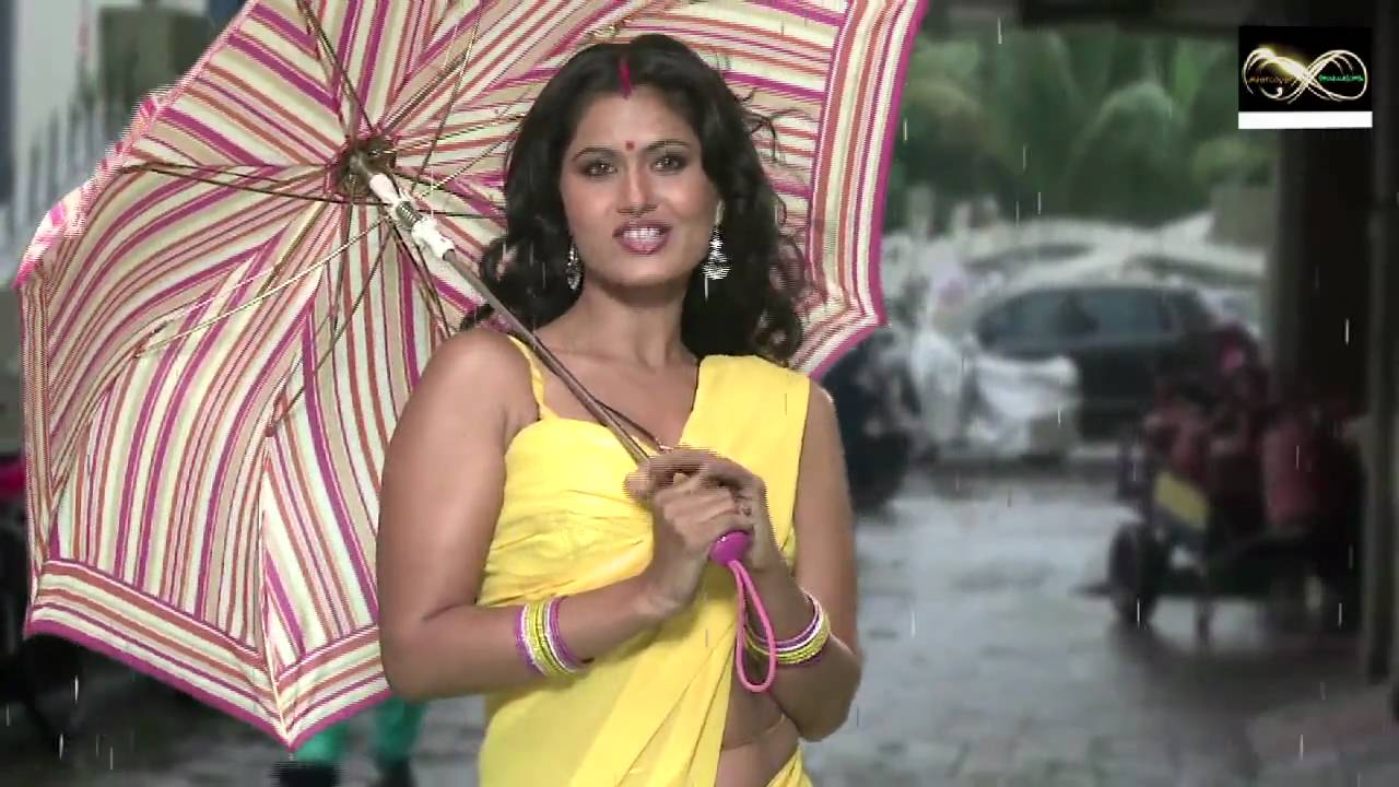 Savita Bhabhi Ke Sexy Solutions On Wet Season Fashion -4934