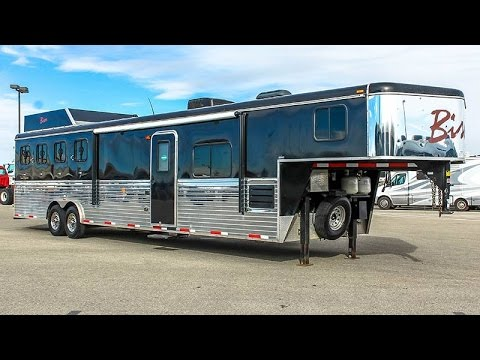 2013 Bison 4 Horse Gn Living Quarters Trailer Transwest Truck