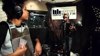 Cedric Watson - Les Hurlements (Live on KEXP)