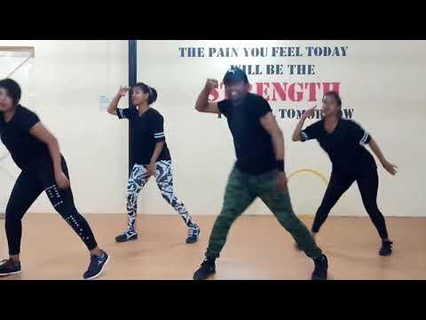 bandalo-bandalo-kannada-dj-song-fitness-workout-(step-max-ravi)