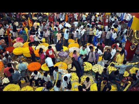 K R MARKET : BUSIEST MARKET PLACE IN BANGALORE