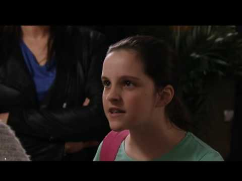 Corrie Street 8914 Amy leave Tracy because Tracy is a bad mother